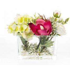 Hortensia color Verde, ranunculos, cymbidium y cardo.